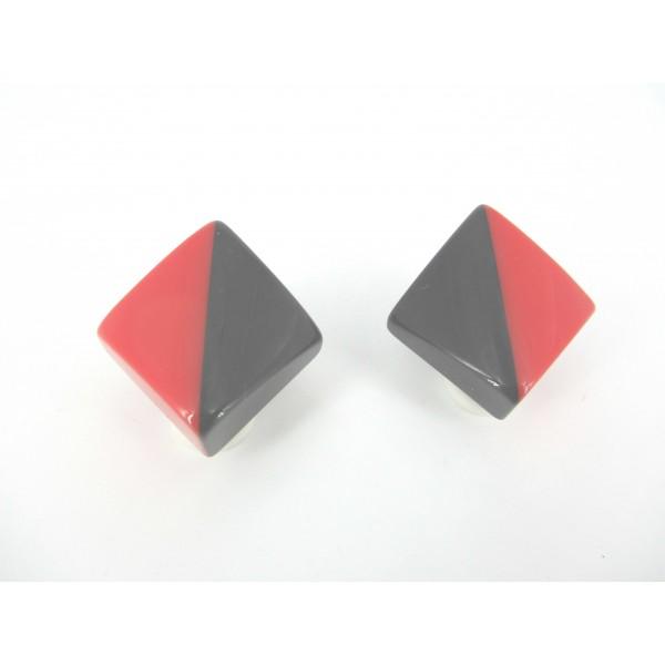 Boucles d'Oreilles Vintage Triangulaire en Résine à Clips