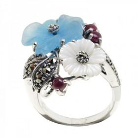 Bague en argent avec jade bleue, nacre et rubis